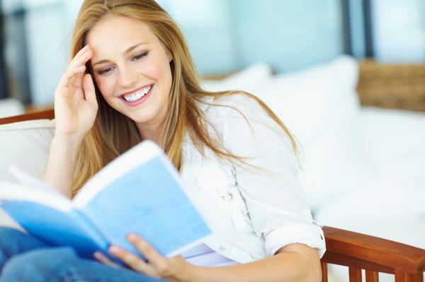 woman-read-a-book