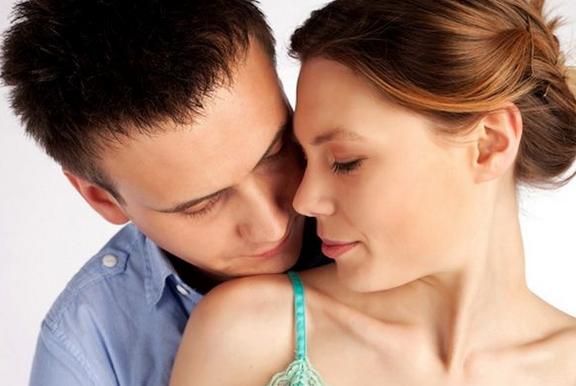 почему женщины увеличивают грудь